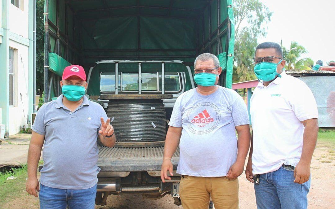 HEMCO dona materiales para el ferry del Río Wawa