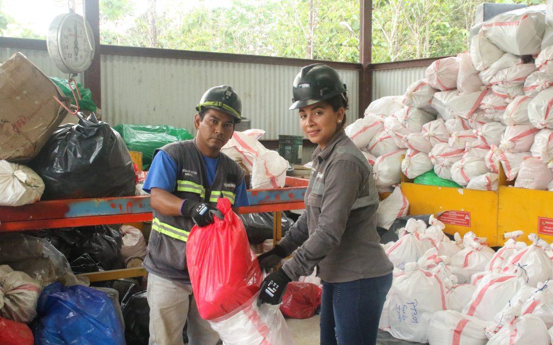 Un sueño hecho realidad:  Jóvenes emprenden negocio con apoyo de HEMCO