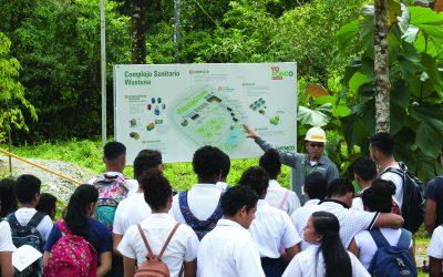 Estudiantes visitan Complejo Sanitario Wastuna
