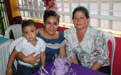 Celebran Día de la Madre