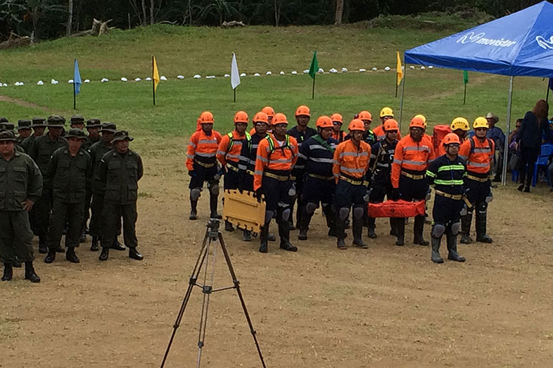 Destacada participación de brigada de rescate