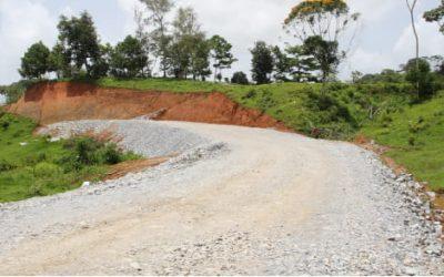 Carretera circunvalar ordena tránsito de minería artesanal