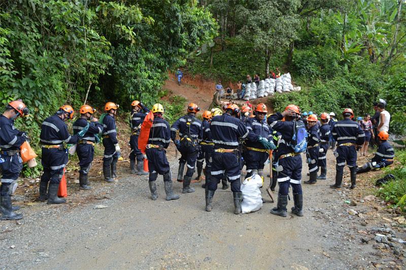Mineros artesanales en simulacro nacional