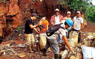 Mineros artesanales de La Calera participan en jornada de limpieza