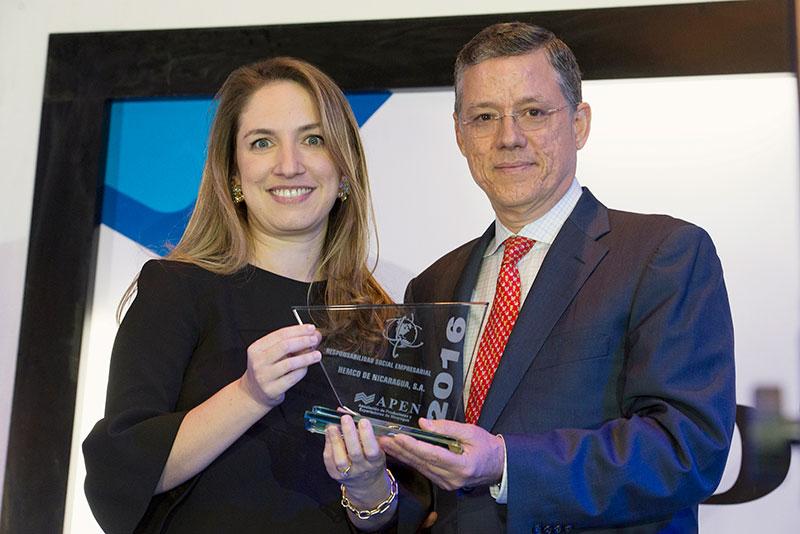 HEMCO recibe dos premios Apen Exportador del año