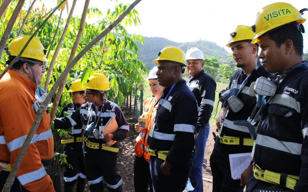 Autoridades del MEM visitan HEMCO